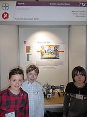 Milan Jänicke, Dominik Hildmann, Mario De Christofaro: Technik Schüler exp., 2. Preis und Ausstellungsstand auf der Maker Faire