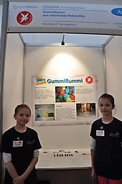 Charlotte Brenske, Emely Renner: Arbeitswelt 3. Preis Schüler experimentieren